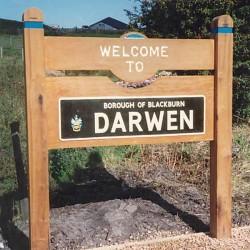 FEATURE_Darwen sign